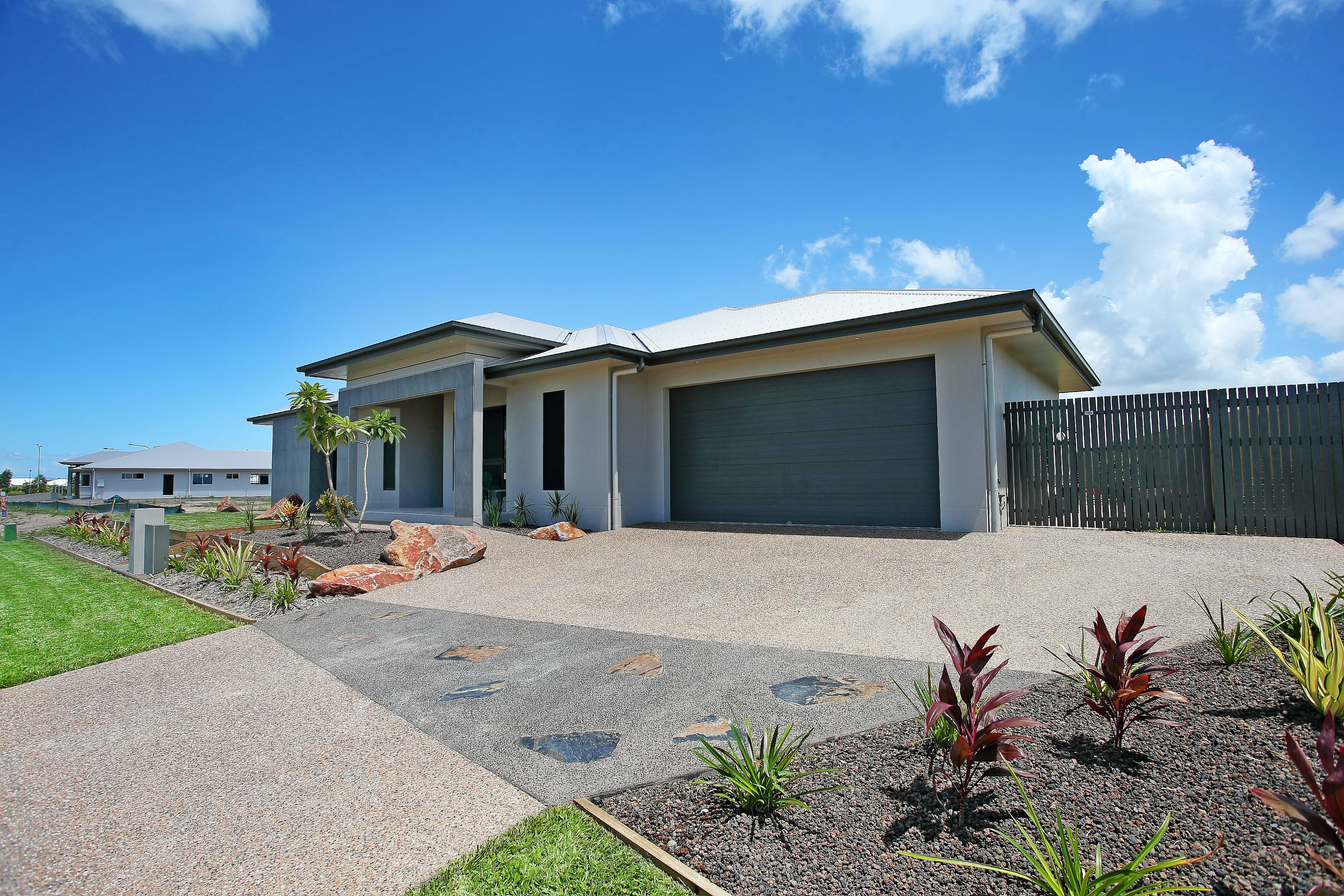 0007 new home builder townsville ready built homes for Home designs townsville