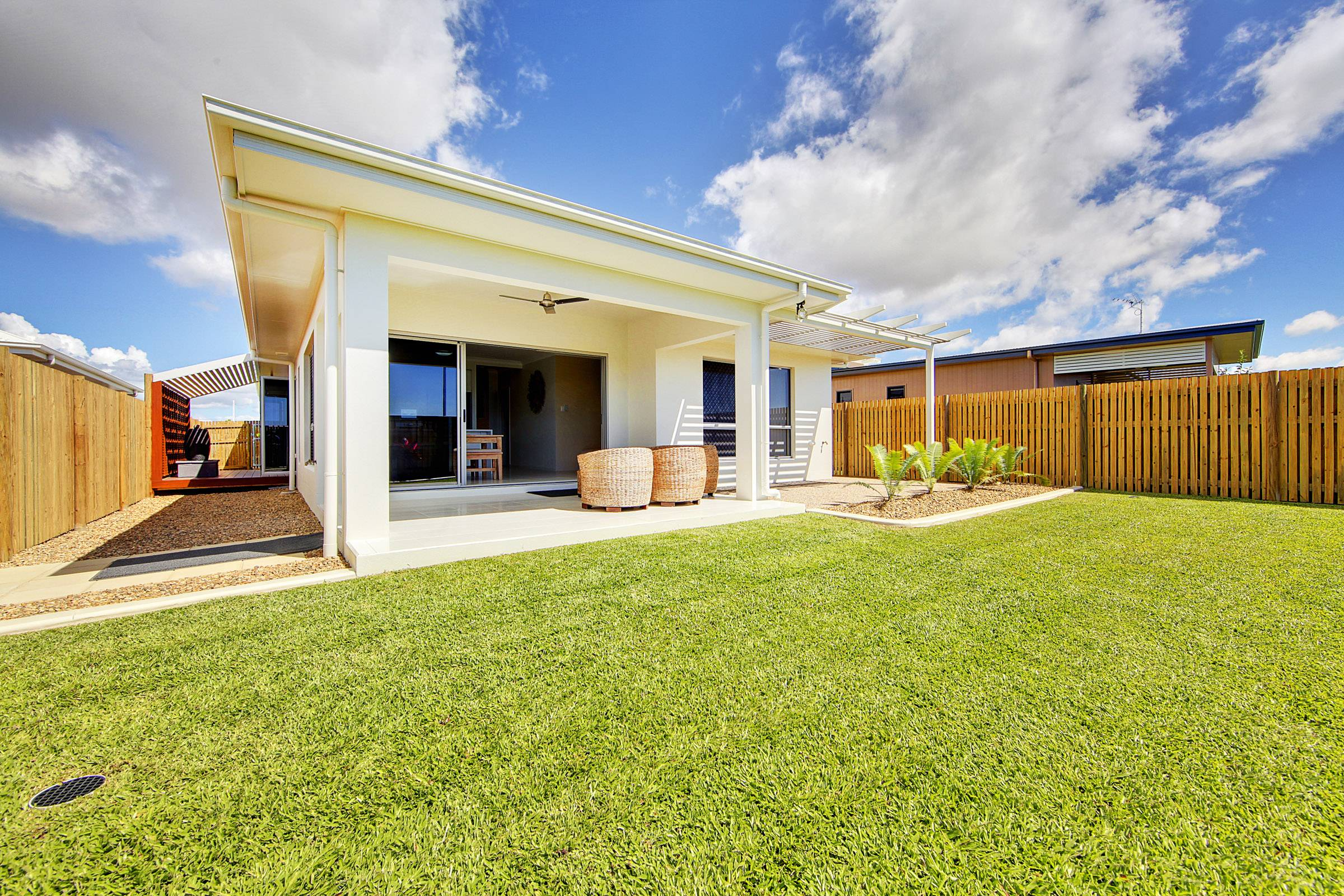 Image179 1 new home builder townsville ready built for Home designs townsville