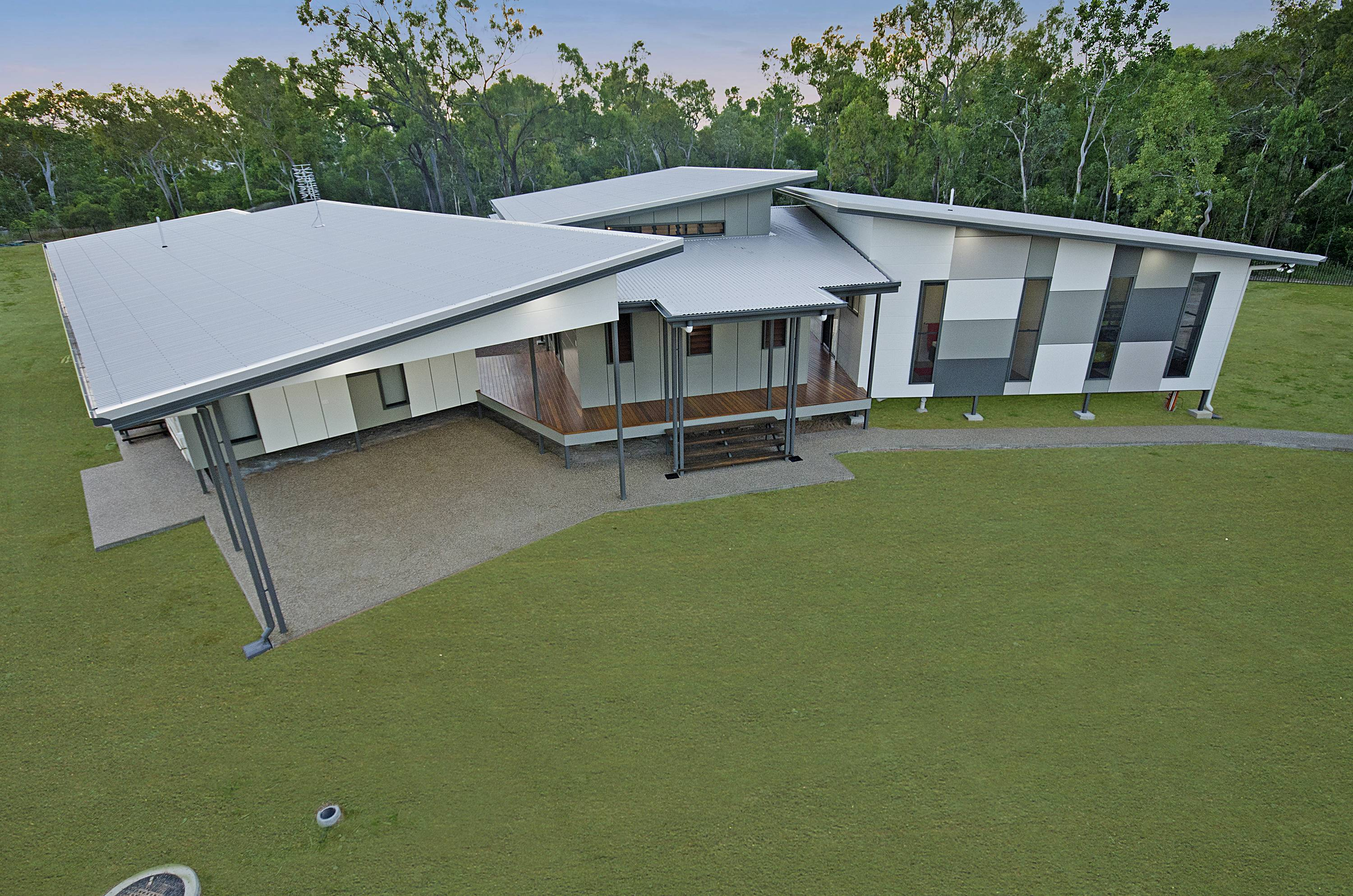 Print dsc 8969a new home builder townsville ready for Home designs townsville